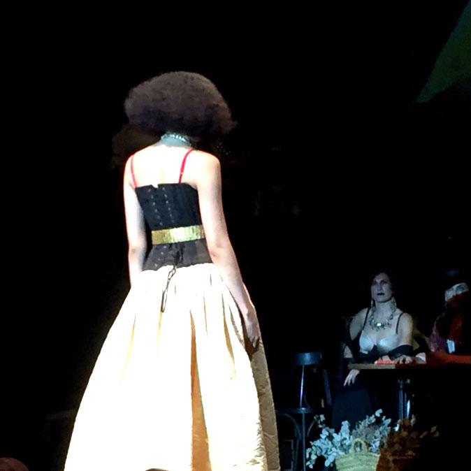 gala davines 2015 Isaac Salido escena la noche (6)