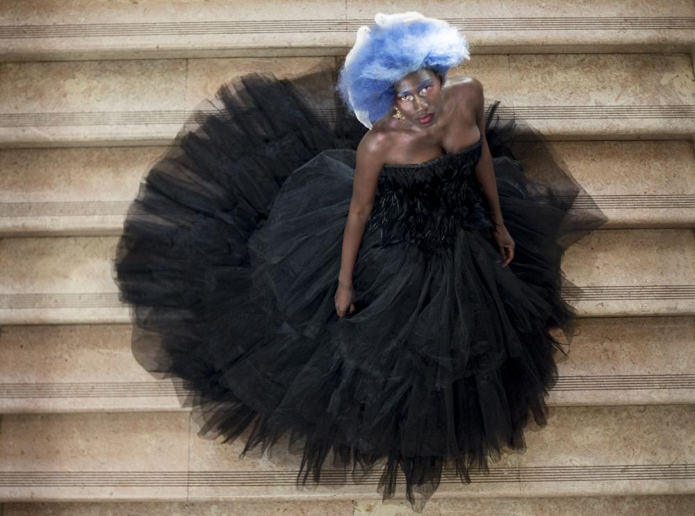 awa lo para metamorfosis hos davines lisboa hair on stage cabello color fantasía azul