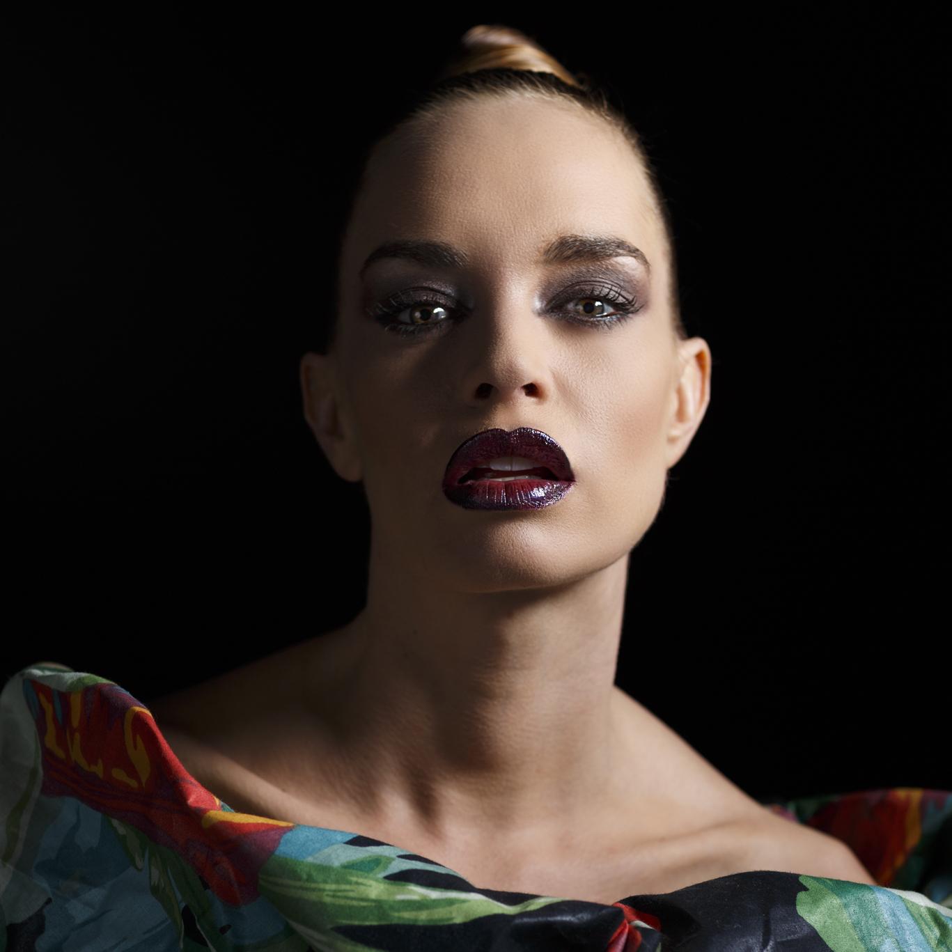 trabajo de maquillaje fantasía por isaac salido inspirado en pat mcgrath